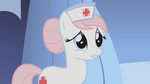 [Bild: 150px-Nurse_Redheart_thanks_Twilight_for..._S1E04.png]