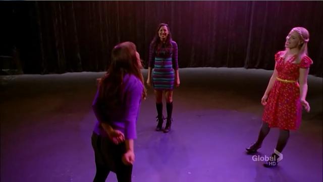 Stills 4x12 - Naked - Glee Photo (33317378) - Fanpop