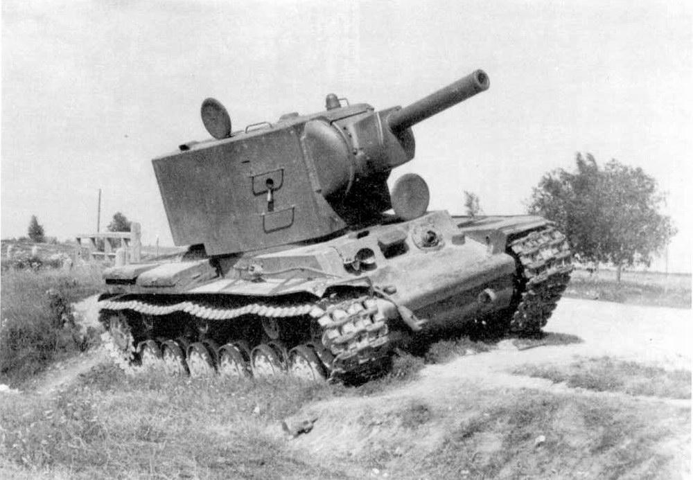KV-2_abandoned.jpg
